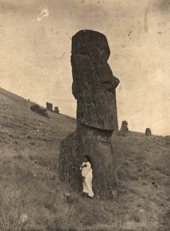 Go to Rapanui: The Edmunds and Bryan Photograph Collection