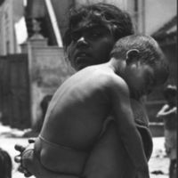 Beggar and child in Madras