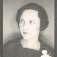 [004] Portrait Photograph of a woman [Norma Stewart?]