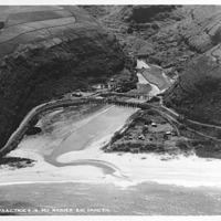 B-115-11 Waimea Bay