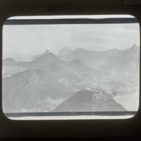 Mountains: [山]