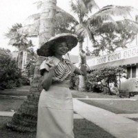 Betty Esmoille. Ocean View Courts. Waikiki. June 1950.