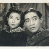 Kaizawa 3-034: Signed photo of famous actors Setsuko…