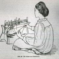 Abb. 98 Die Arbeit am Kettenblock