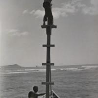 Keehi Lagoon (wooden boat mast)