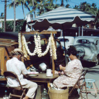 Lei makers, Kalaukaua [Kalakaua] Ave., Waikiki. June…