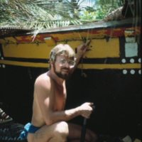 Steve Thomas Rigging a Canoe - 2
