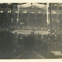 Kaizawa 2-186: Image of sumo wrestlers trying to throw…