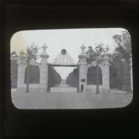 Entrance gate of the Rio Botanical Garden: リオ植物園の入口