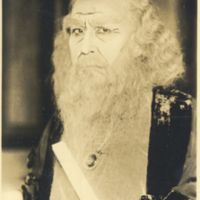 Kaizawa 1-083: Kabuki actor as an old man with white…