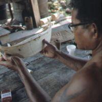 Mau Piailug making model canoe - 022