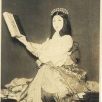Kaizawa 1-111-1: Kabuki actor as a woman reading a book
