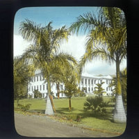 University of Hawaii at Manoa campus, Hawaii Hall