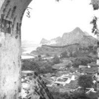 667. Kweilin [illegible word] thru Sol. Mt. arch