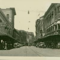 [024] Downtown Honolulu Street