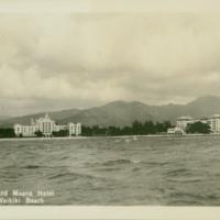 [025] Royal and Moana Hotel at Waikiki Beach