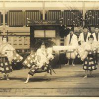Kaizawa 1-123: Kabuki actors as Matsuomaru 松王丸,…
