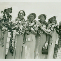 [136] Six Women