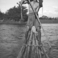 708. Kweilin : raftsman on [illegible word]