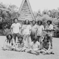 Young Palauans in front of bai. (N-2214.01).