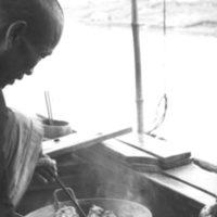 754. Fu River (?) : cooking aboard sampan