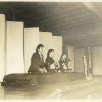 Kaizawa box 13-012: Stanley Kaizawa and two women at a…
