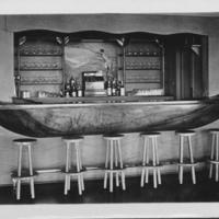 Bar in canoe shape