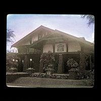 Christian church (First Christian Church of Honolulu)