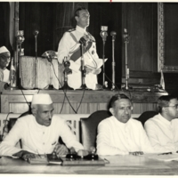 Nehru and Mountbatten declare Indian indepdendence 1947